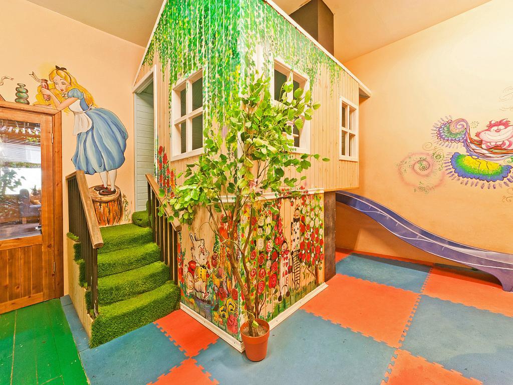 Детская комната ресторана «Марчеллис» на Энгельса