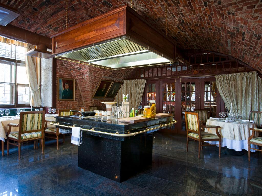 Старобанкетный зал с шоу-кухней