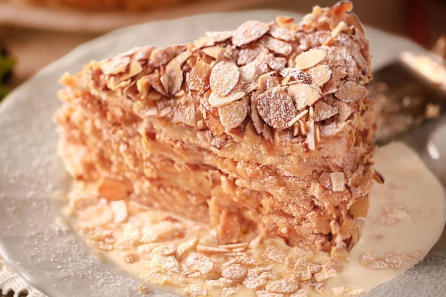 Миндальный торт(295 руб.)