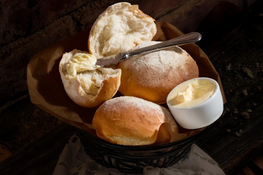 Итальянский хлеб со сливочным маслом(95 руб.)