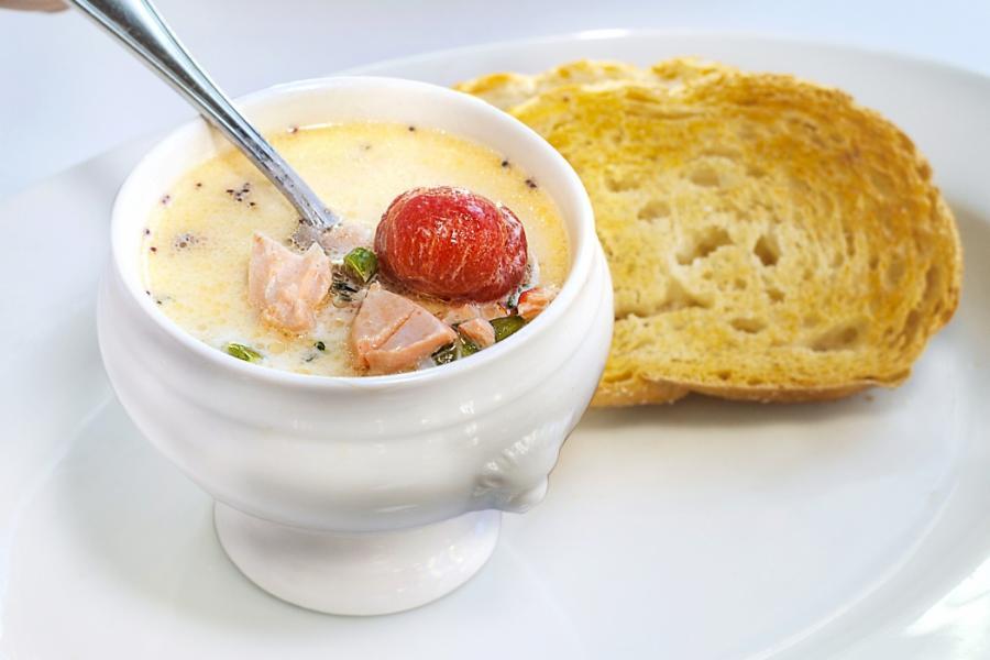 Zuppa di Salmone(325 руб.)