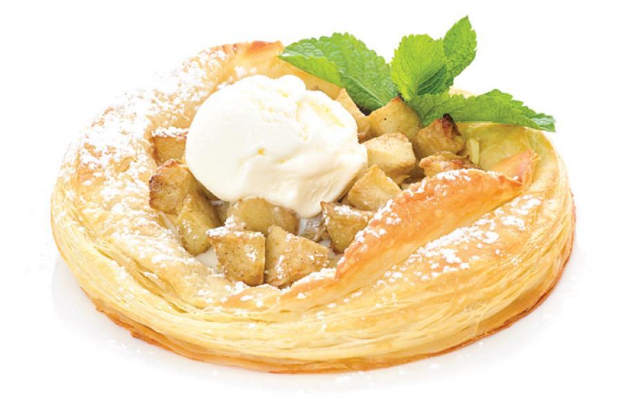 Яблочный пирог с шариком мороженого(350 руб.)
