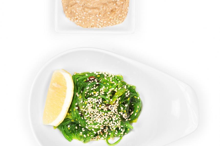 Салат из морских водорослей(300 руб.)