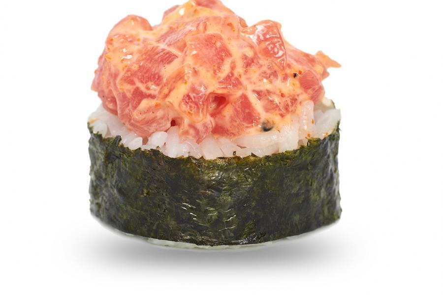 Spicy ролл с острым тунцом(590 руб.)