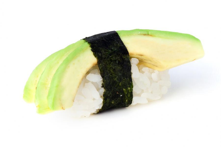 Суши с авокадо(90 руб.)