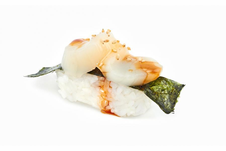 Суши с гребешком(160 руб.)