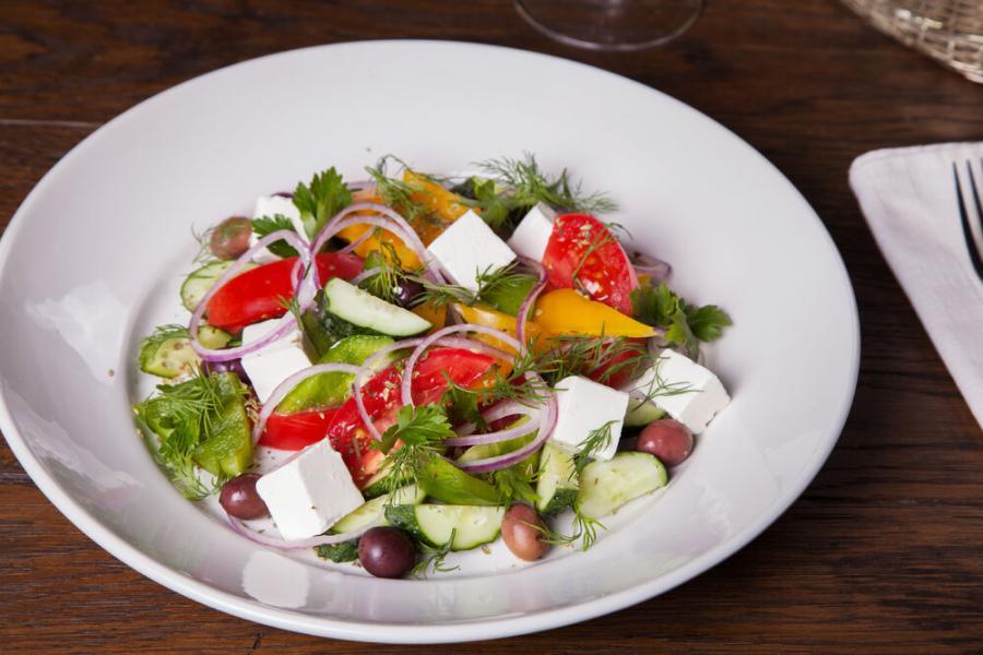 греческий салат(490 руб.)