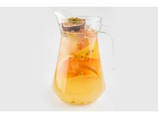 манго — маракуйя лимонад (252 руб.)