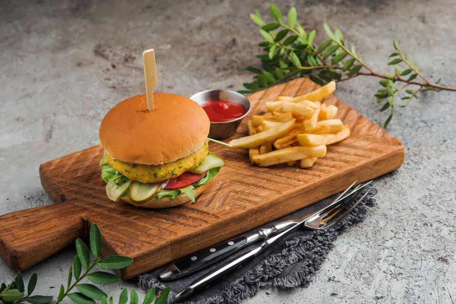вегетарианский бургер(380 руб.)