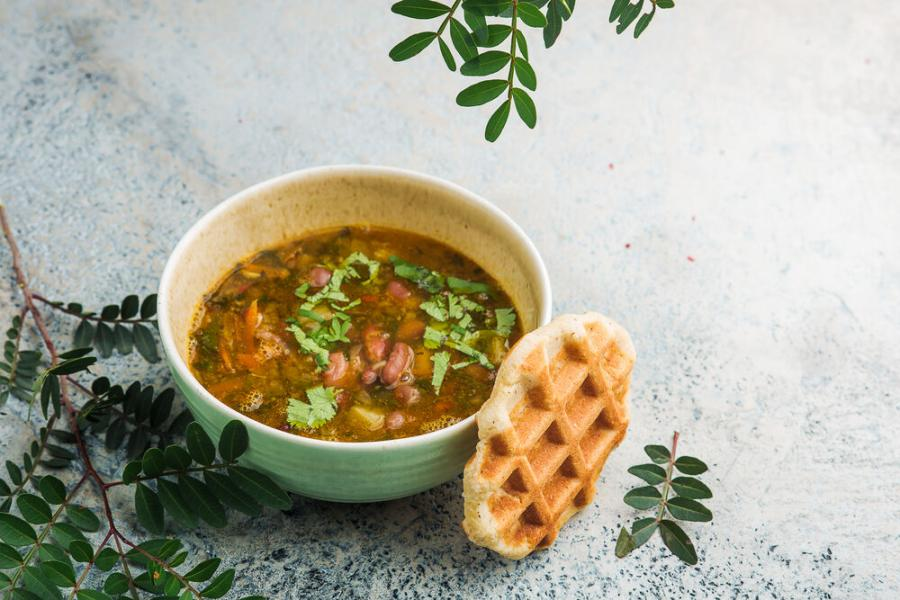 фасолевый суп(340 руб.)