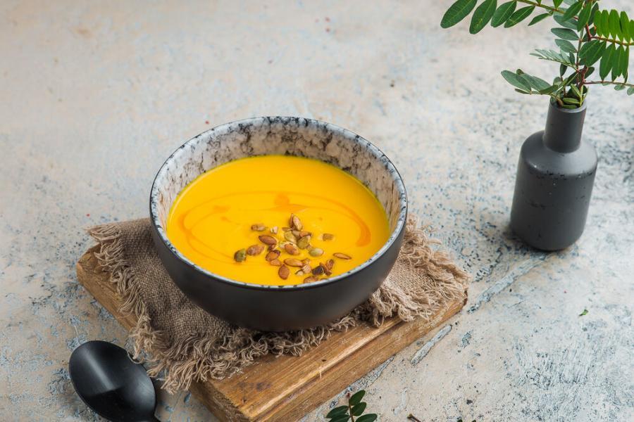 тыквенный суп(320 руб.)