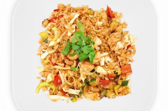 Рис с говядиной и овощами(390 руб.)
