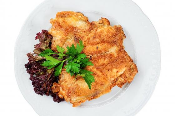 Цыпленок без кости, с солью да перцем (650 руб.)