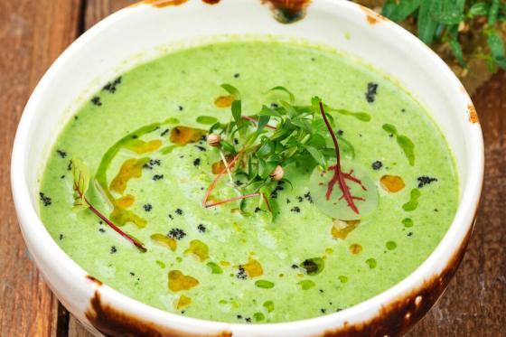 крем-суп из брокколи(440 руб.)