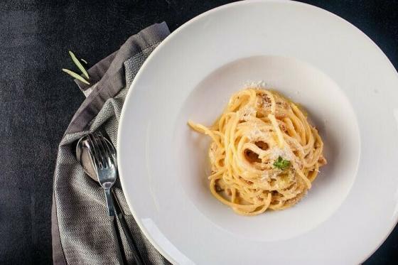 спагетти карбонара(540 руб.)