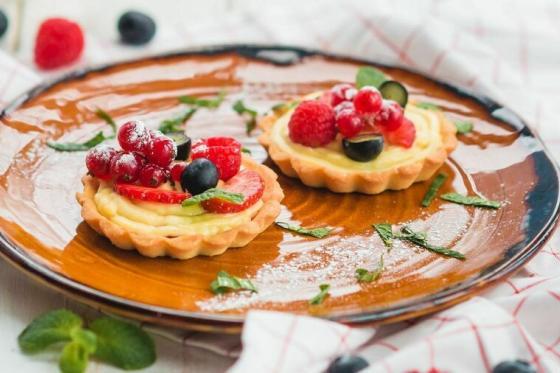 корзинка с ягодами(310 руб.)