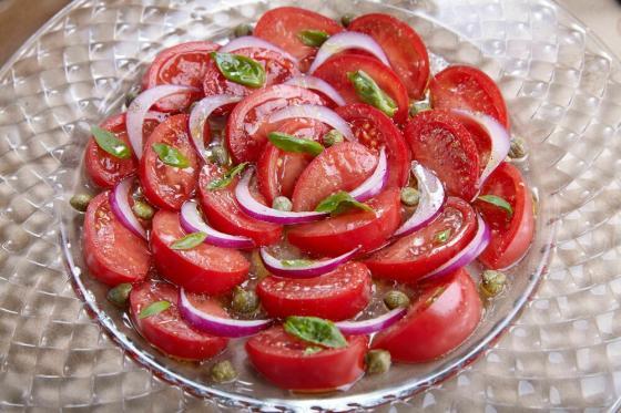 карпаччо из помидоров(690 руб.)