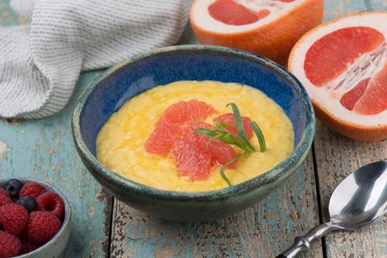 рисовая каша на кокосовом молоке с сочным грейпфрутом(290 руб.)
