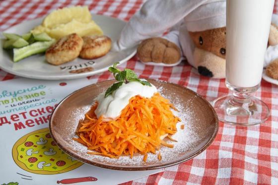 детский сладкий салат(170 руб.)