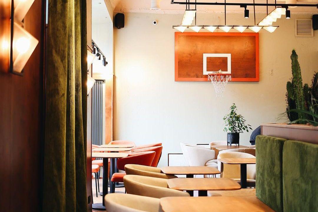 Ресторан Joshua Tree на «Чернышевской»
